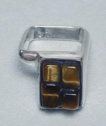 Prsten D10_17