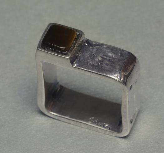 Prsten D8_17