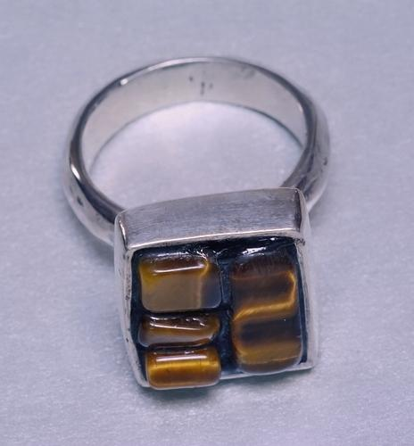 Prsten D9_17